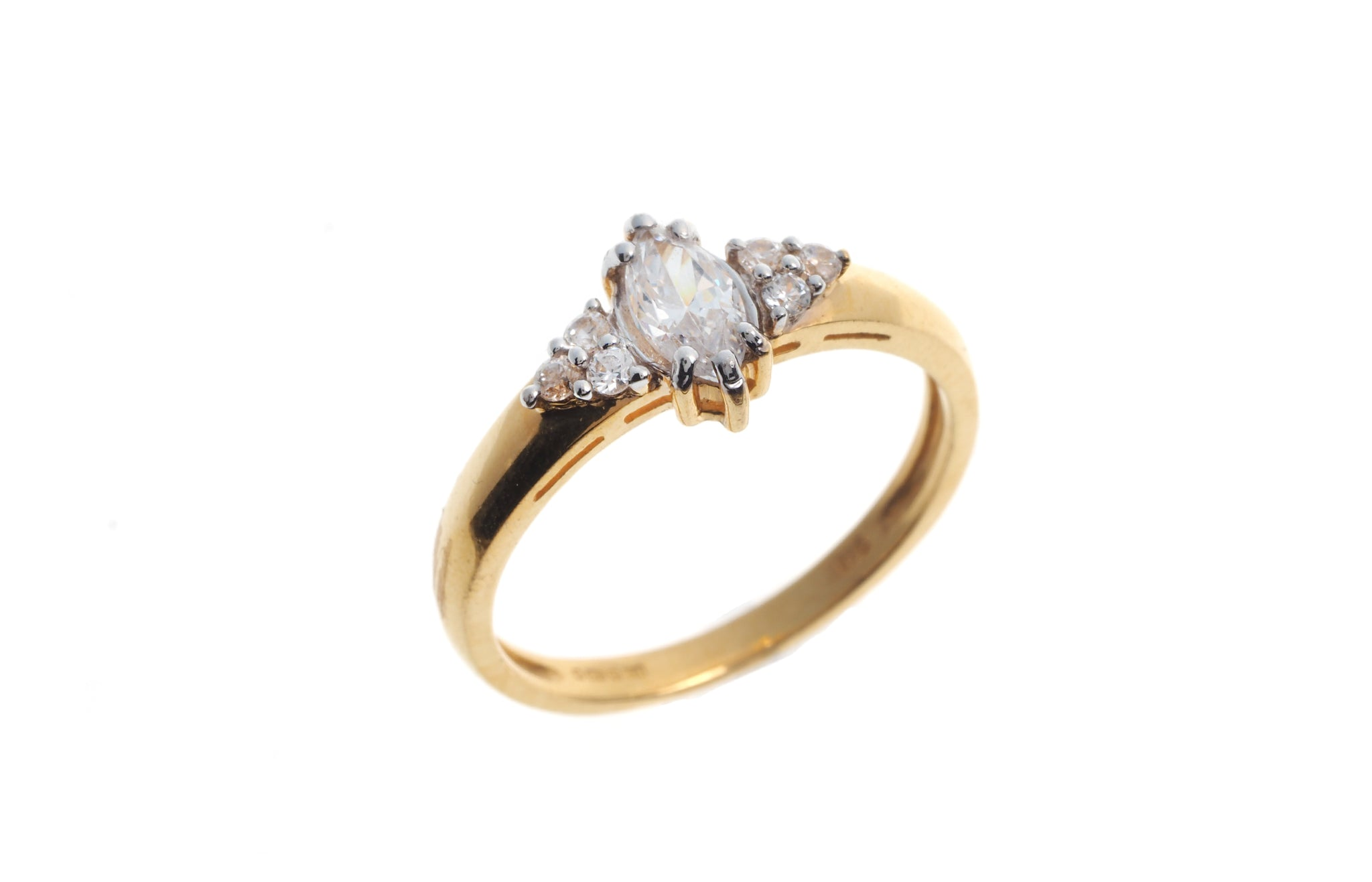 22ct Gold Cubic Zirconia Engagement Ring LR14581