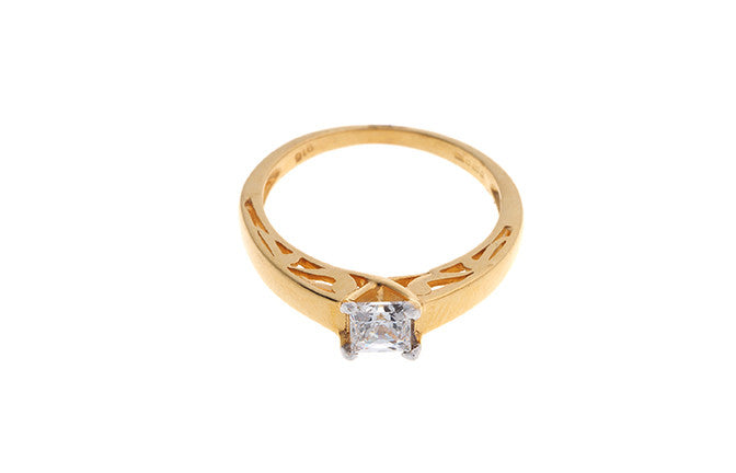 22ct Yellow Gold Cubic Zirconia Engagement Ring (LR70749_C)