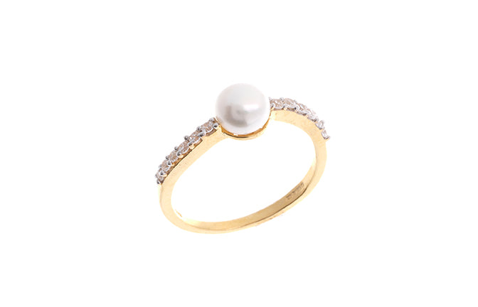 22ct Gold Cubic Zirconia and Cultured Pearl Dress Ring (LR9031)