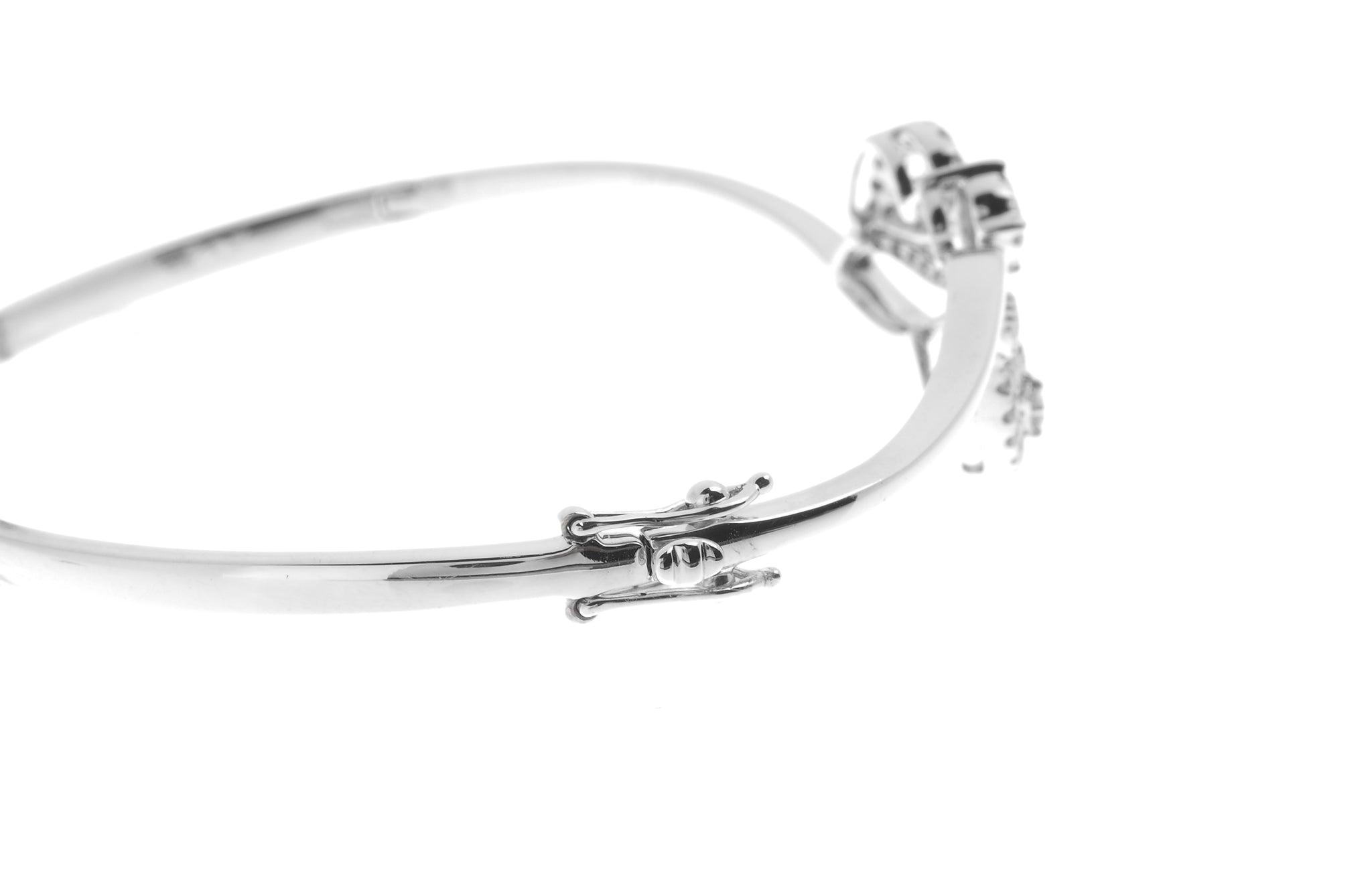 18ct White Gold Diamond Bangle with clasp (MCS2723) - Clasp