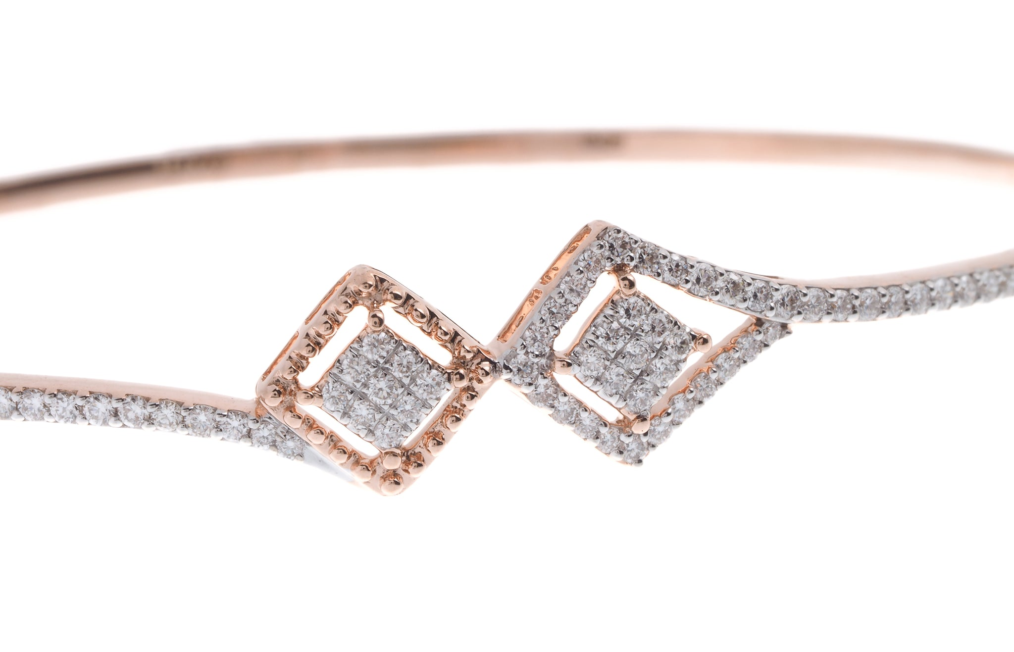 18ct Rose Gold Diamond Bangle with clasp (MCS2731) - Close Up