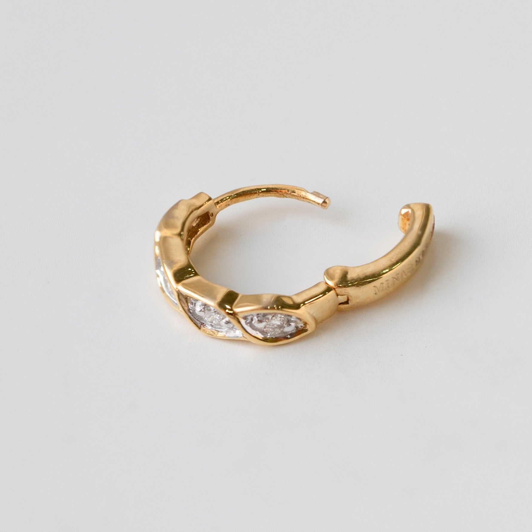 Diamond Nose Ring 18ct White or Yellow Gold MCS3318