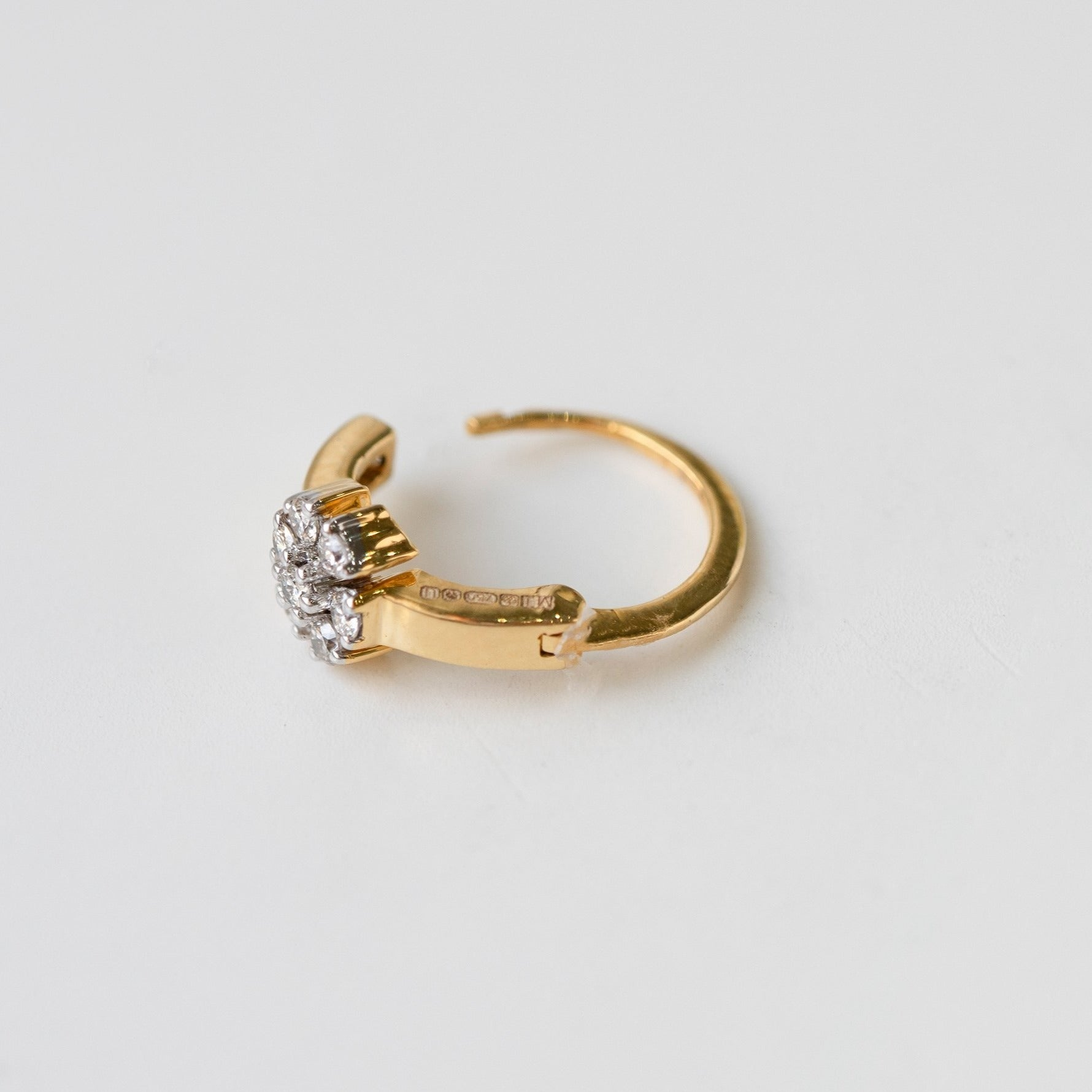 Diamond Nose Ring 18ct White or Yellow Gold MCS3320