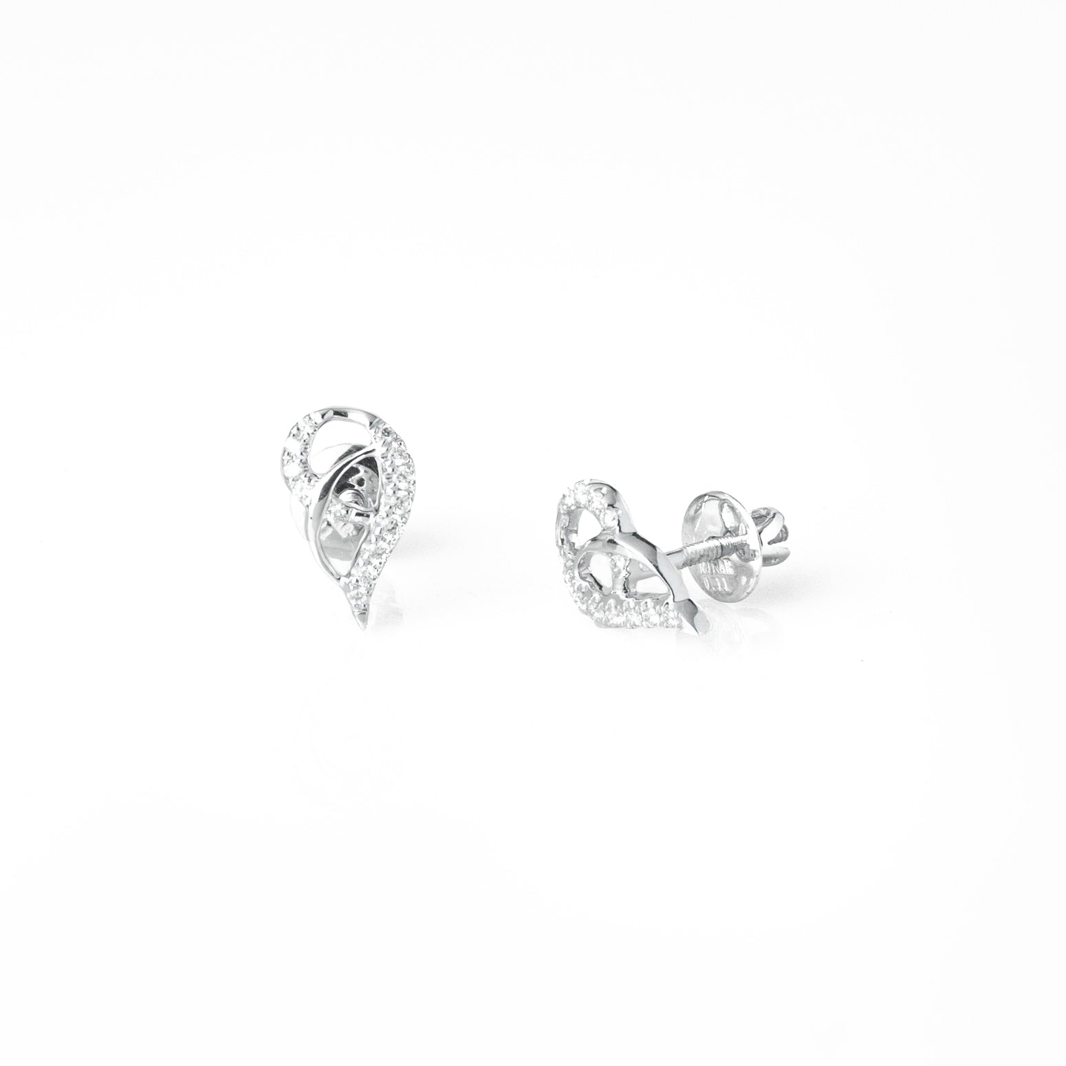 18ct White Gold Diamond Earrings (MCS3684)