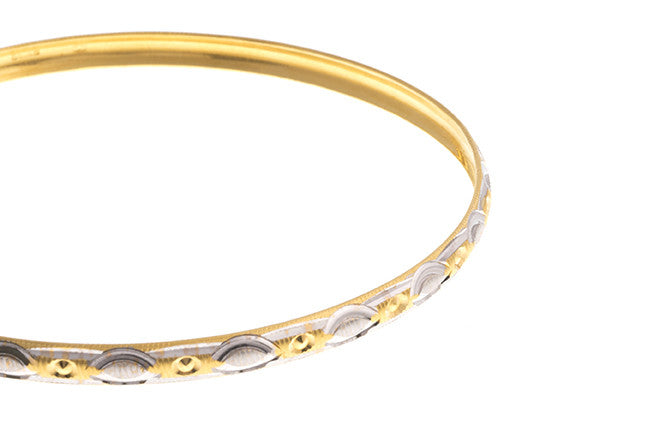 22ct Gold Two Tone Bangles (B-1422) - Close Up_2