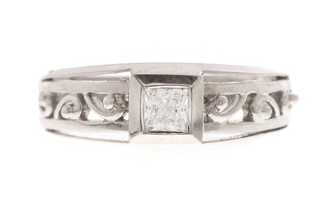 18ct White Gold Cubic Zirconia Dress Ring (LR-2449)