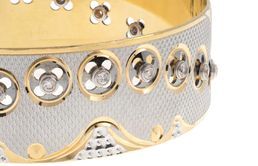 22ct Yellow Gold & Cubic Zirconia Bangle (48.9g) (B-3003)