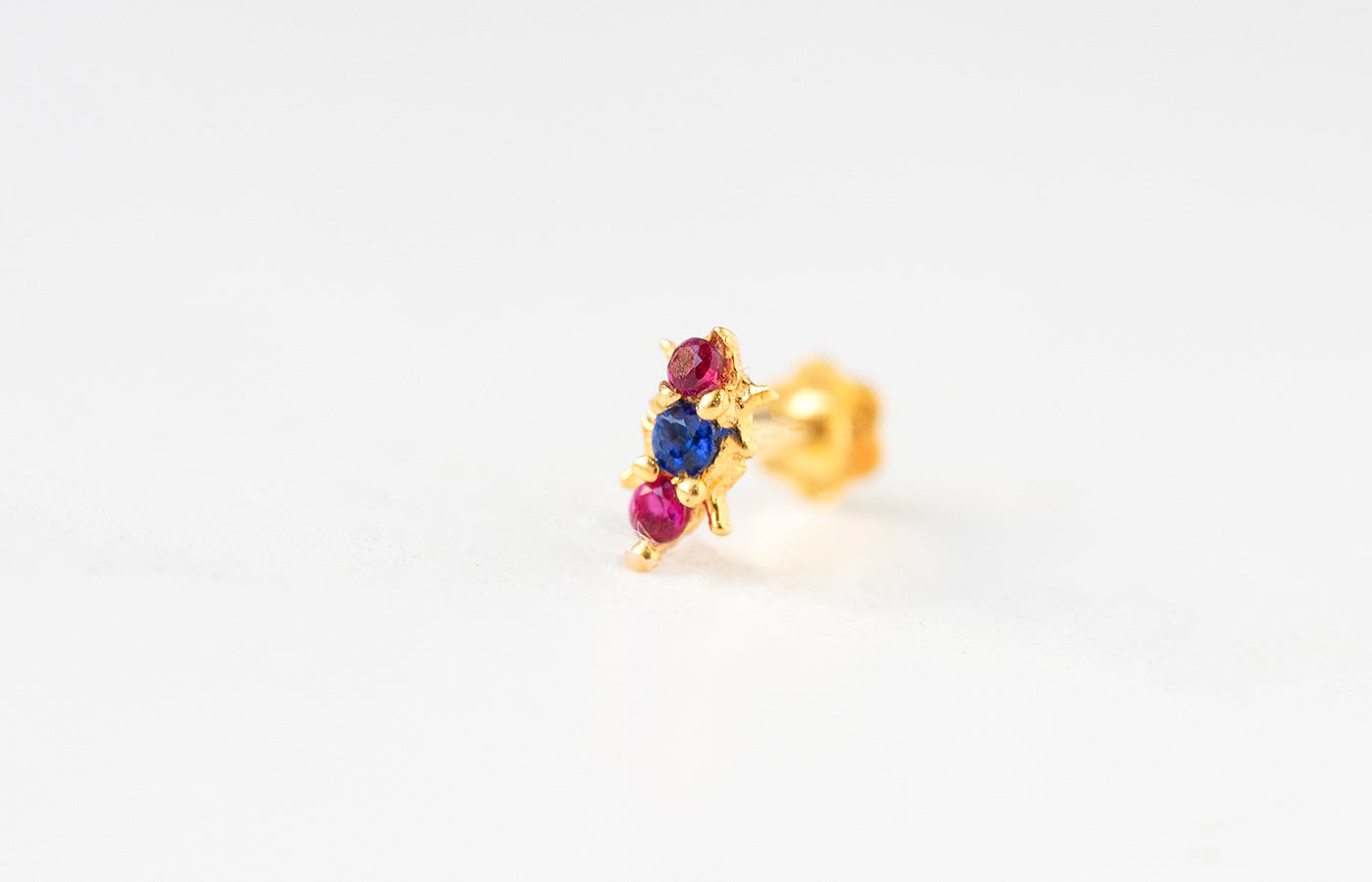18ct Yellow Gold Screw Back Nose Stud set with Multi-Coloured Cubic Zirconias NIP-4-320g