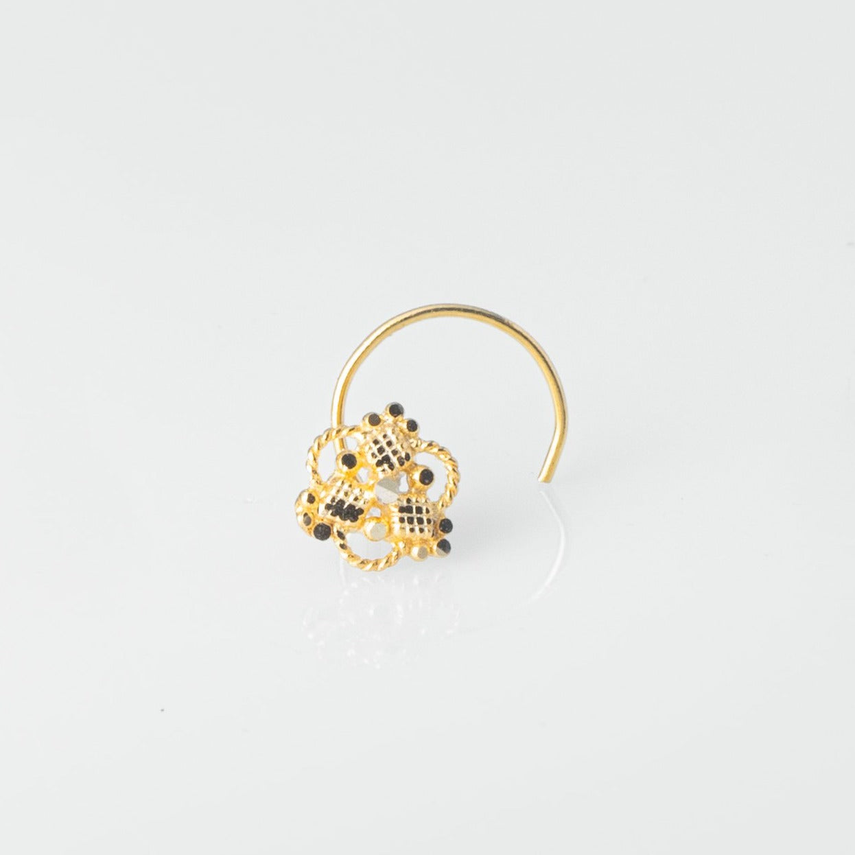 18ct Yellow Gold Wire Coil Back Nose Stud with Filigree Design NIP-5-130b