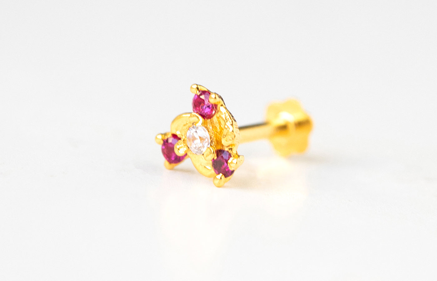 18ct Yellow Gold Screw Back Nose Stud set with four white and pink Cubic Zirconias NIP-5-570e