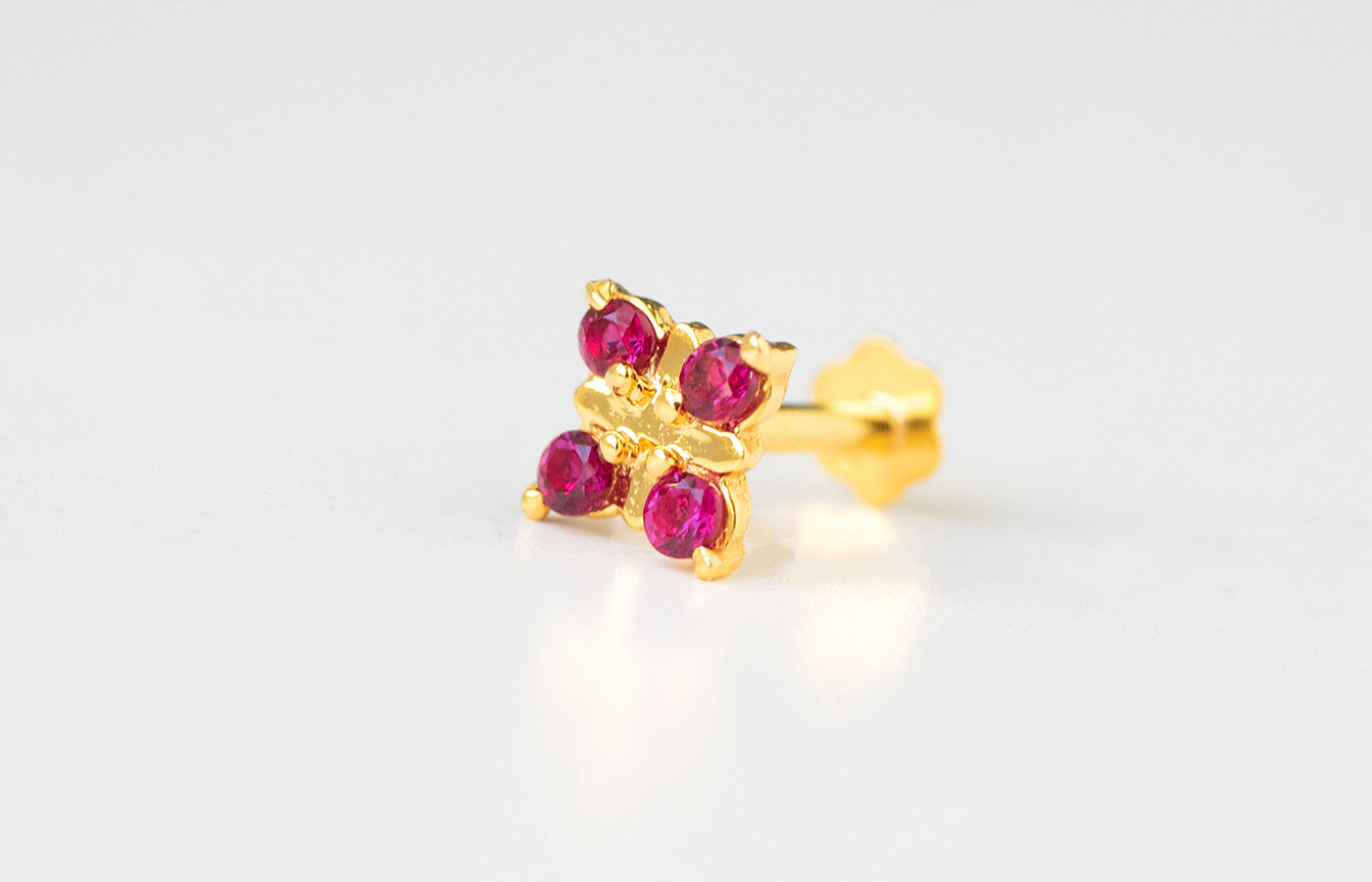 18ct Yellow Gold Screw Back Nose Stud set with four pink Cubic Zirconias NIP-5-570k