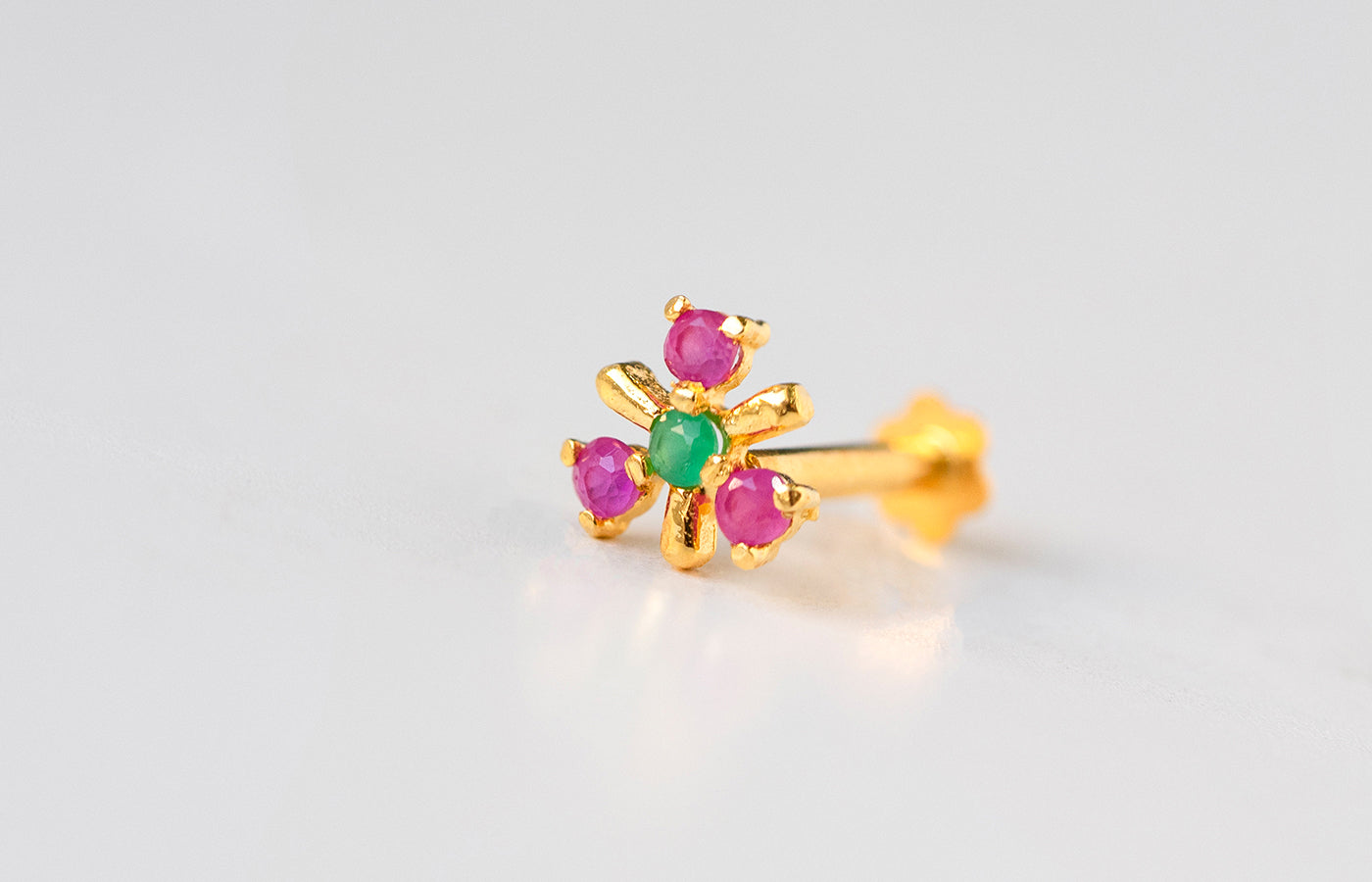 18ct Yellow Gold Screw Back Nose Stud set with four red and green Cubic Zirconias NIP-5-720d