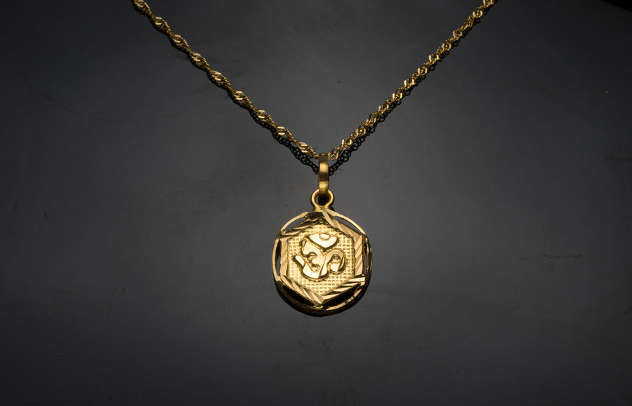 Om Pendant 22ct Gold P-7505