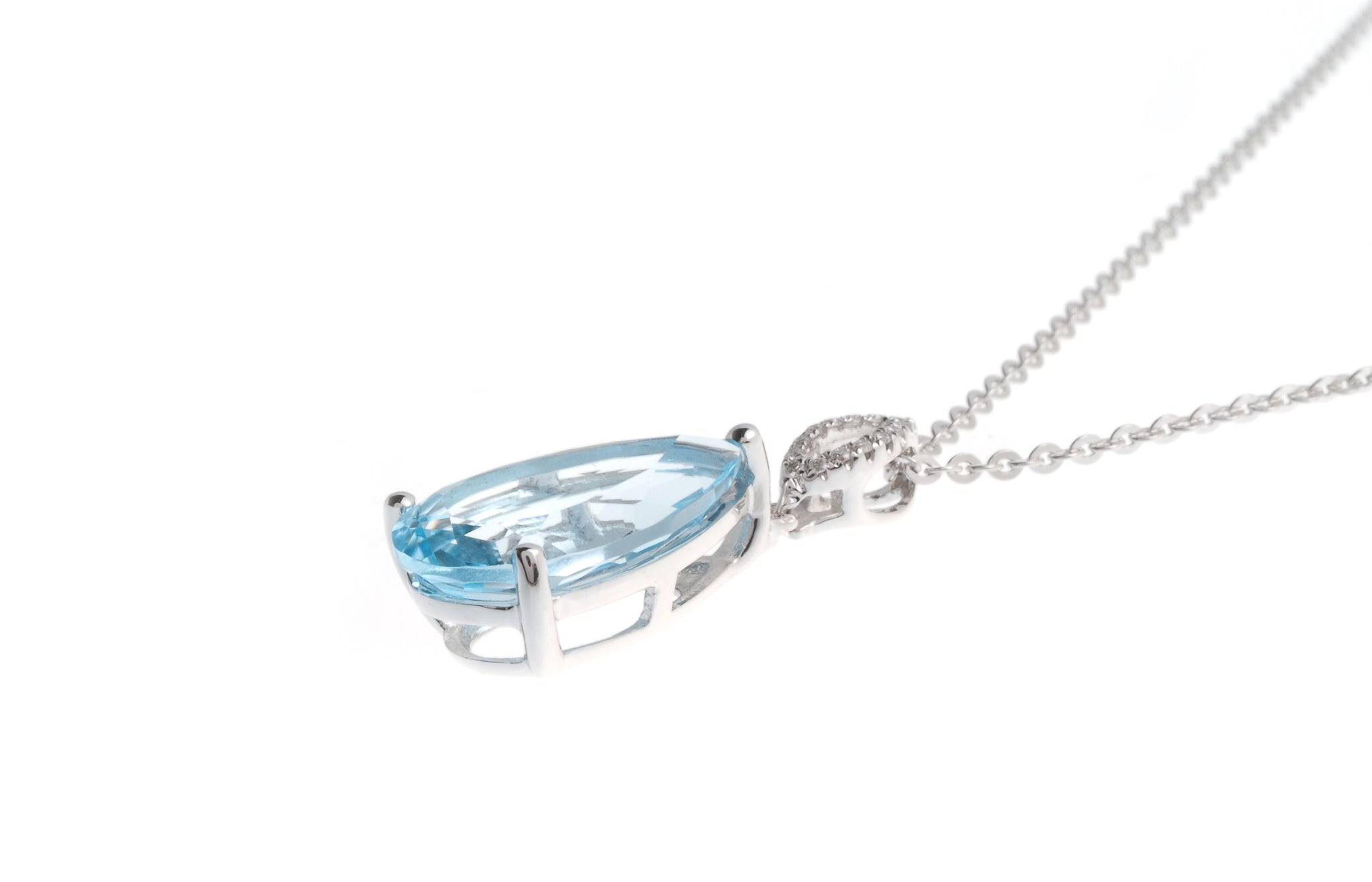 18ct White Gold Diamond and Blue Topaz Pendant with Chain P32082