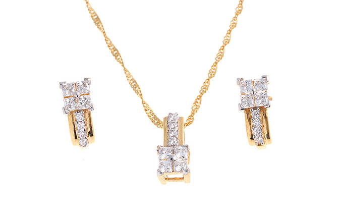 22ct Gold Cubic Zirconia Pendant, Chain & Stud Earring Set (7.24g) (PS7134)