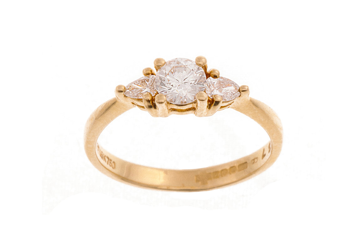 18ct Yellow Gold Diamond Trilogy Ring (R753)