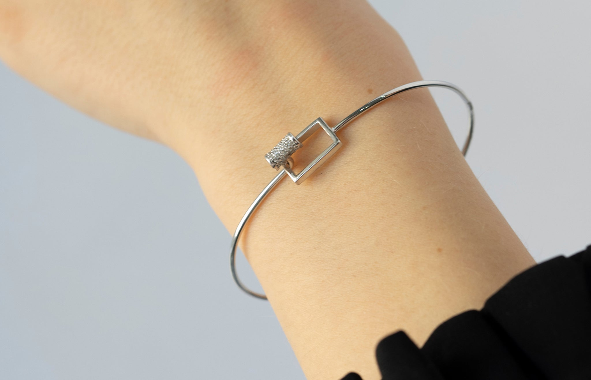 Sterling Silver Pave T-Bar Bangle SBA020B