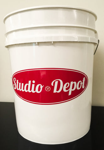 STUDIO DEPOT 5-Gallon Bucket 9ML With Logo