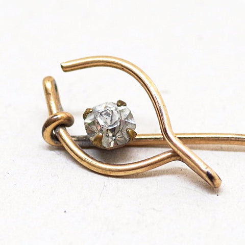 Thin Wishbone Stick Pin