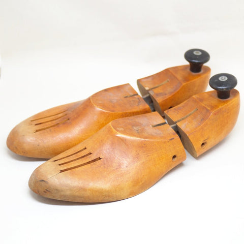 Heavy Duty Shoe Trees- 9W