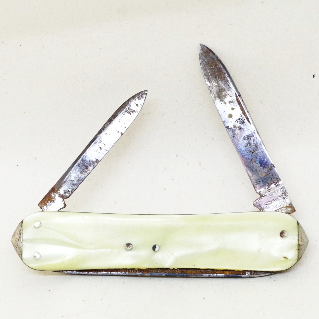 Vintage Schrade Walden Pocket Knife