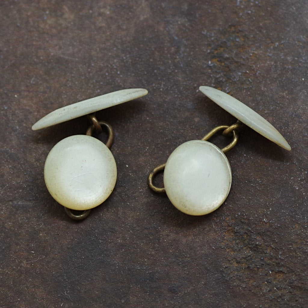 Mother of Pearl Round and Ovular Cufflinks