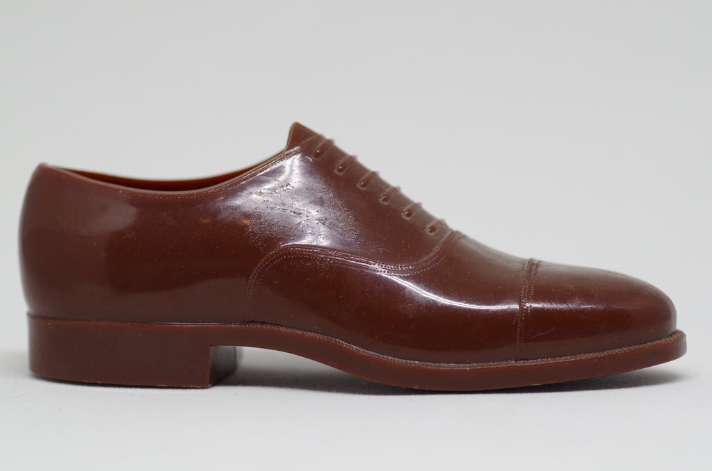 A Tiny Brown Hanover Oxford
