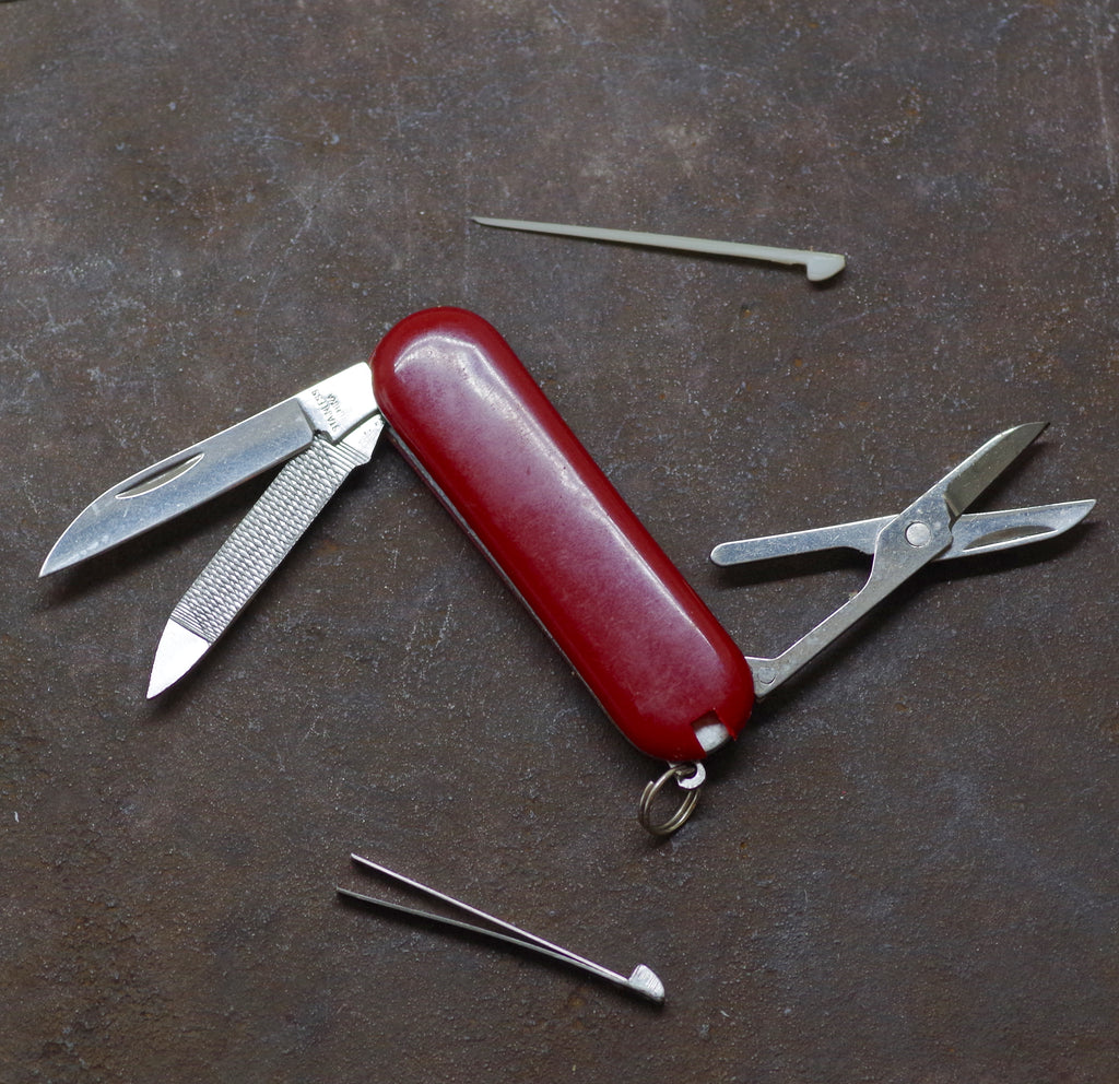 Red Pocket Knife w/ Toothpick & Tweezers