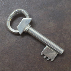 Hefty Sterling Key Shaped Key Ring