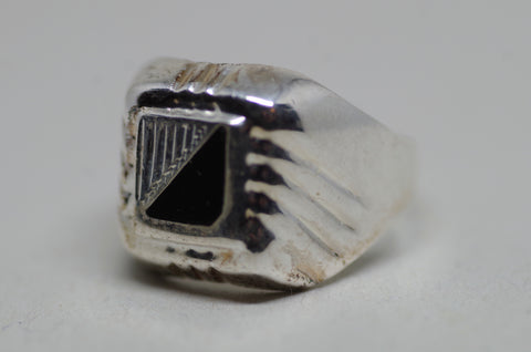Art-Deco Black and Silver Ring