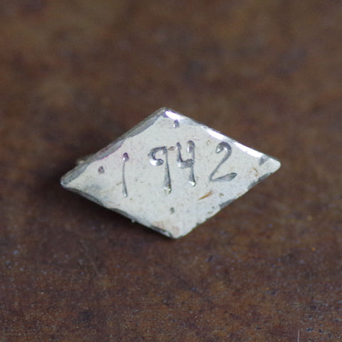 "Hand-Engraved WW2 Trench Art ""1942"" Pin"