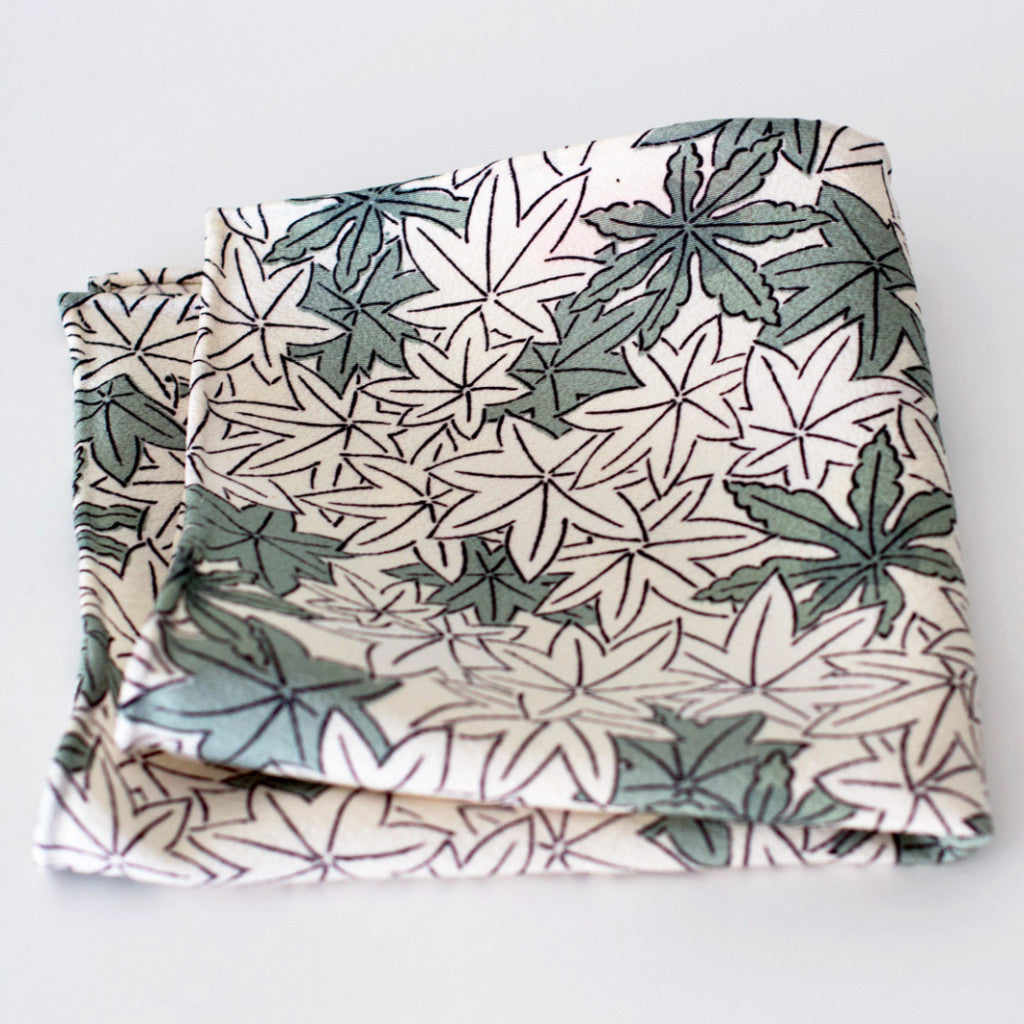 Green and White Leaf Pattern Silk Pocket Square