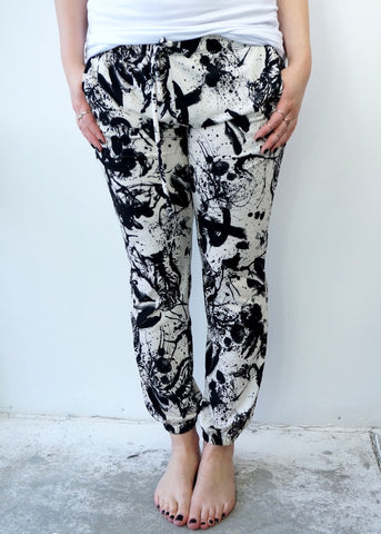 Black & White Chic Slouchy Pants