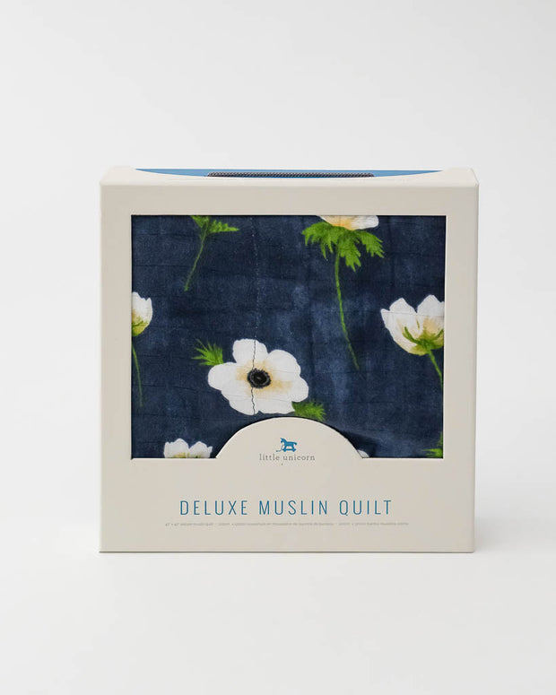 Deluxe Muslin Baby Quilt - White Anemone