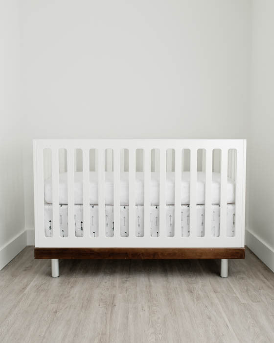 Percale Crib Skirt - Arrow