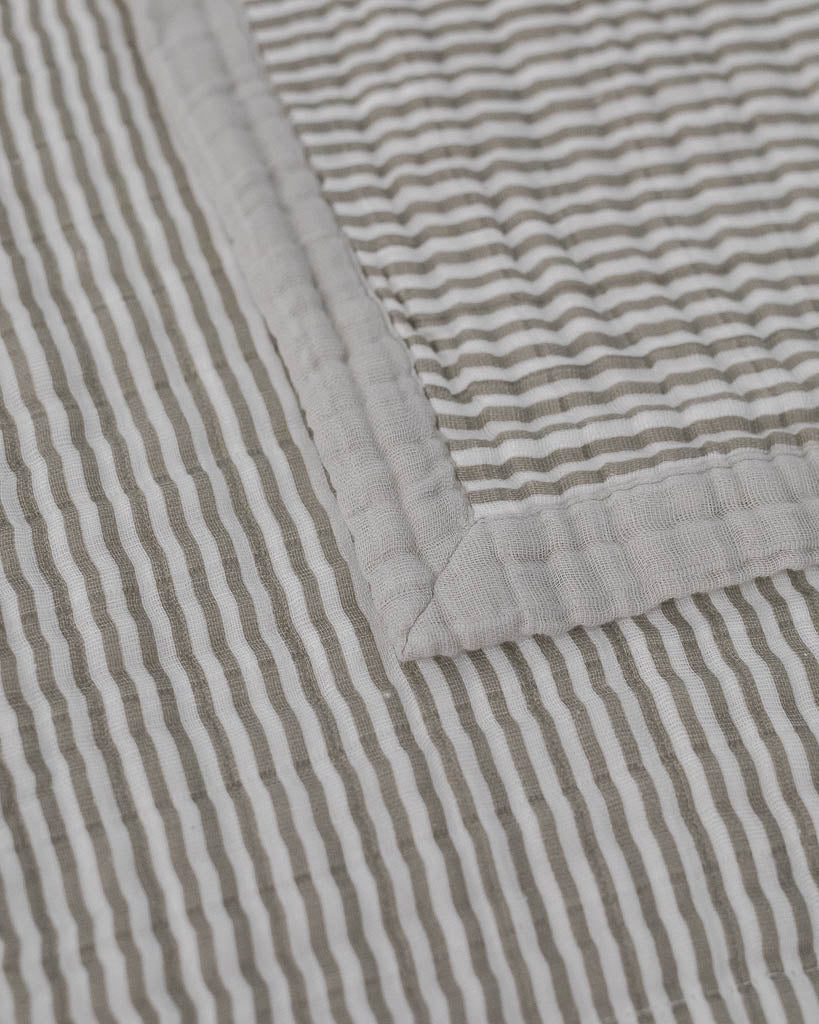 Big Kid Cotton Muslin Quilt - Grey Stripe