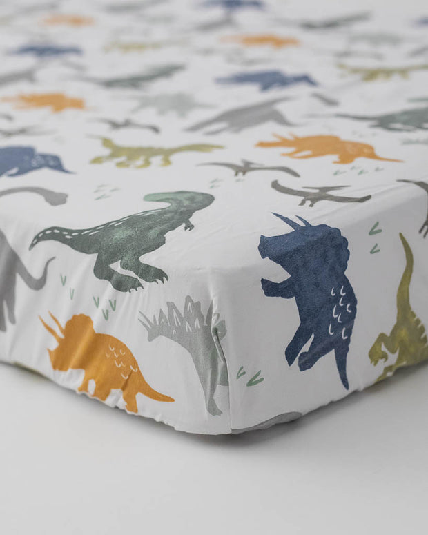 Percale Crib Sheet - Dino Friends