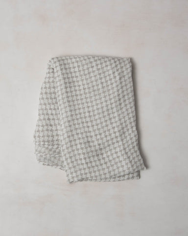 Deluxe Swaddle - Houndstooth Grey