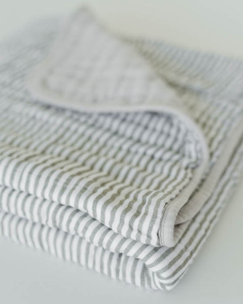 Organic Cotton Muslin Quilt - Grey Stripe