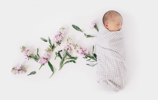Deluxe Swaddle Set - Houndstooth
