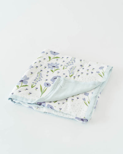Deluxe Muslin Quilt - Blue Windflower