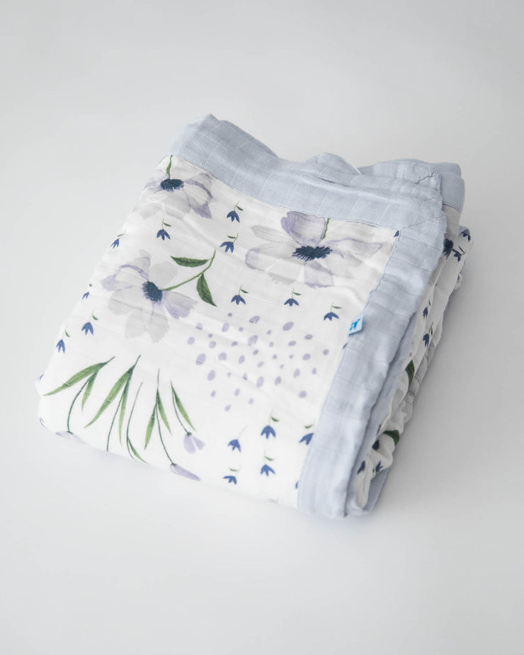 Big Kid Deluxe Muslin Quilt - Blue Windflower