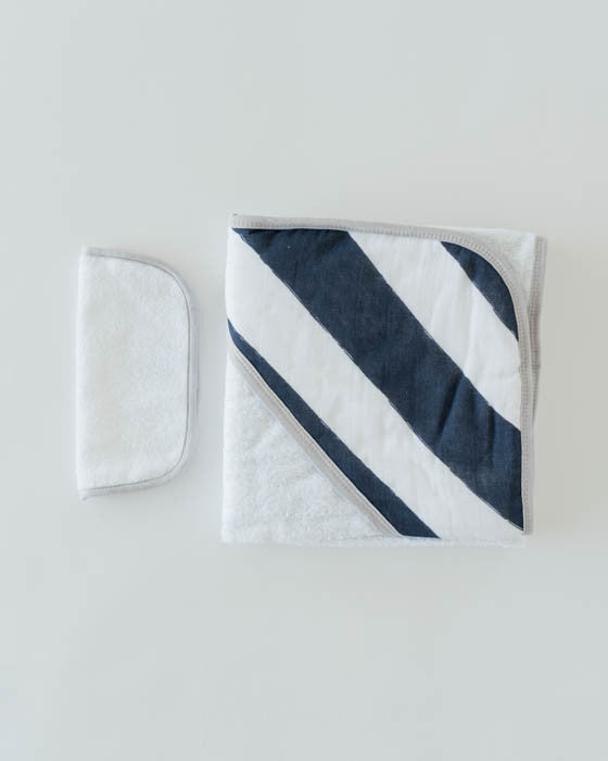 Hooded Towel & Washcloth Set - Navy Stripe