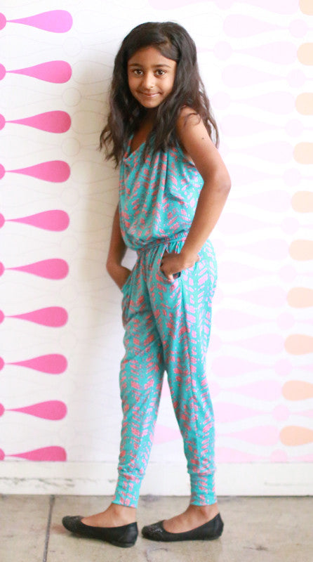Girls Sarah Pants Set (Turquoise Feathers)