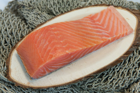 Frozen Farmed Sashimi Grade Cold Smoked Salmon Fillet (Sake)