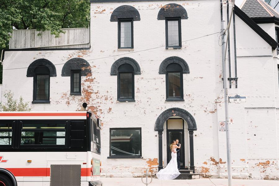 A Sophisticated City Wedding in Toronto