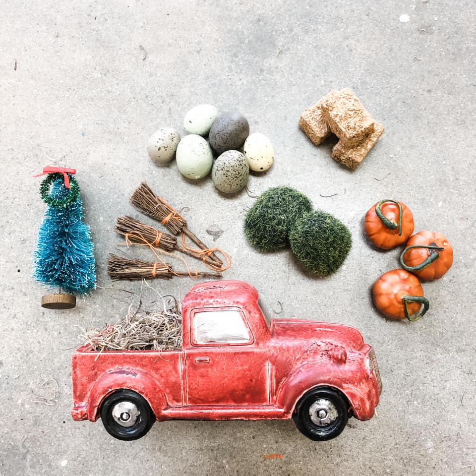 MINI Distressed Red Truck