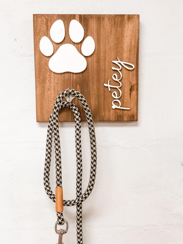 Unfinished Personalized Dog Leash Holder