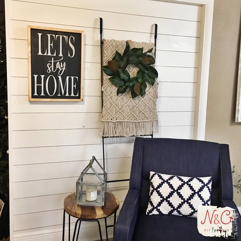 June 20th 6:30pm Shiplap Signs {with seasonal options too!!}