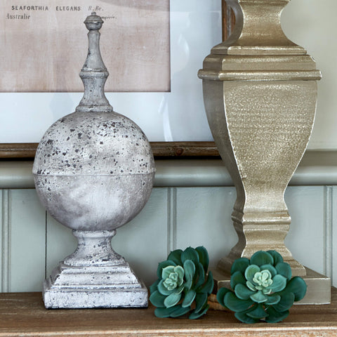 Decorative Stone-Effect Finial